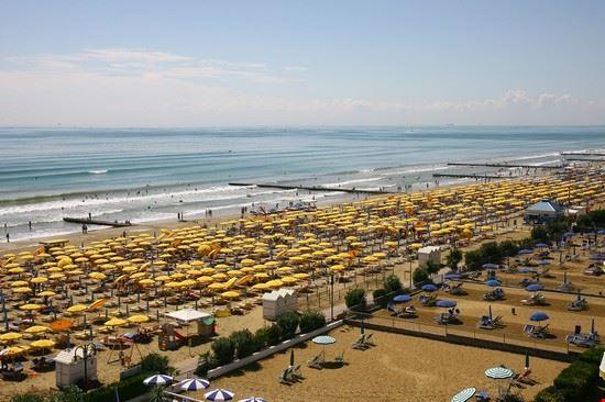 la spiaggia dell'Hotel Torino di Jesolo