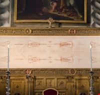 58617 torino riproduzione della sindone esposta nella chiesa del sssudario