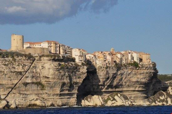 Panorama visto dalle Bocche di Bonifacio