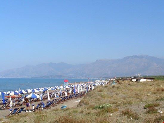 Spiaggia a Baia Domizia