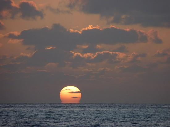 Foto Tramonto A Atollo Di Ari - 550x412