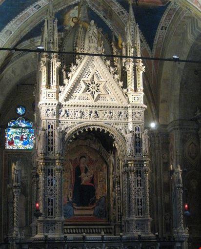 Foto orsanmichele a firenze 412x550 autore barbara 3 for Interno 3 calenzano