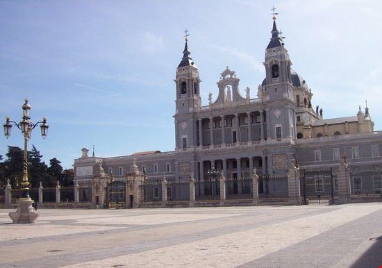 cattedral almudena madrid