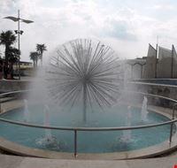 fontana piazza sul mare misano adriatico