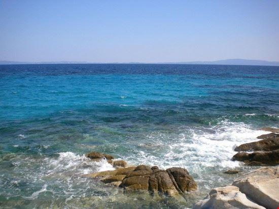 mare aperto karydi beach vourvourou salonicco