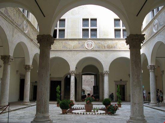 61064 pienza palazzo piccolomini