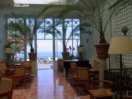 Foto excelsior grand hotel vittoria terrazza a sorrento for Terrazza vittoria sorrento