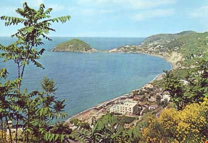 Spiaggia dei Maronti e S. Angelo