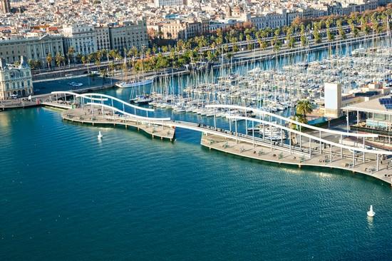 Foto il porto a barcellona 550x366 autore redazione for Villaggi vacanze barcellona