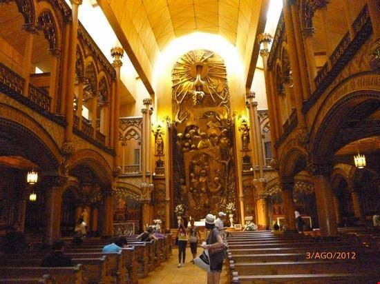 62144 interno della chiesa montreal