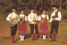 L'antico e tradizionale costume noneso