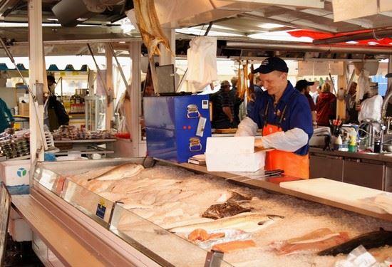 64214 bergen mercato del pesce