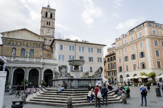 64346 roma piazza santa maria in trastevere