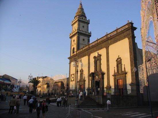 Foto Basilica Santa Caterina A Pedara 550x412 Autore