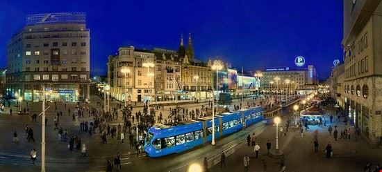 Main square (Trg ban Josip Jelacic)