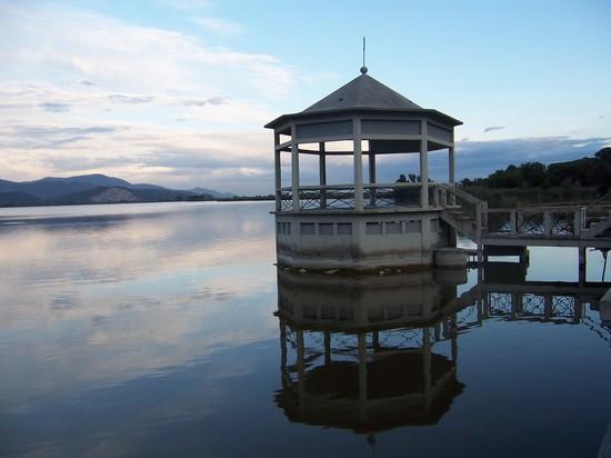 Torre del lago itinerari e escursioni a torre del lago for Case torre del lago