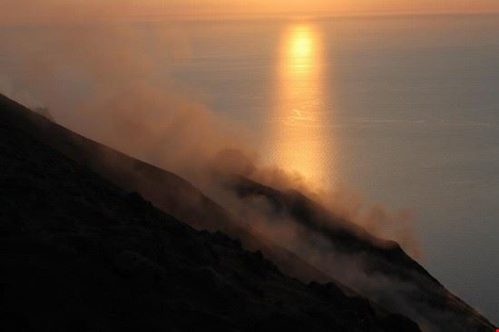 66587 isola di stromboli stromboli al tramonto