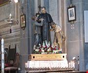 Statua di Don Bosco