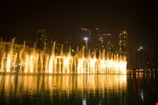 dubai fontane di burj khalifa