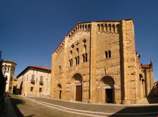 67943 pavia basilica di san michele