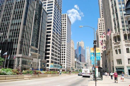 68017 chicago michigan avenue