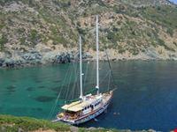 Barca nelle isole Greche