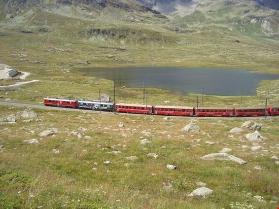 68386 il trenino rosso del bernina st moritz