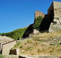 il castello - ingresso e torre