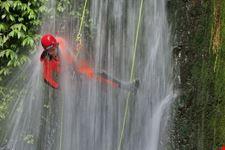Kalimudah abseil - Bali canyoning