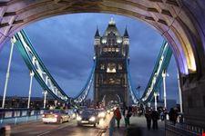 the tower bridge londra