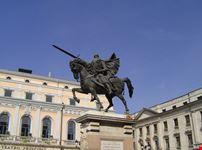 burgos la statua del guerriero di cid
