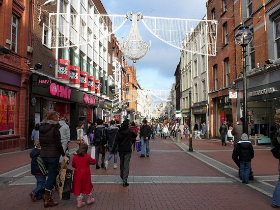 Sep 26, · Henry Street in Dublin 1 is a great shopping street for young and old alike. It's flagship store is Arnott's department store but Henry Street also houses many, many of the big high street names and also has plenty of cafes.