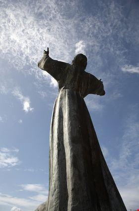 granada la statua