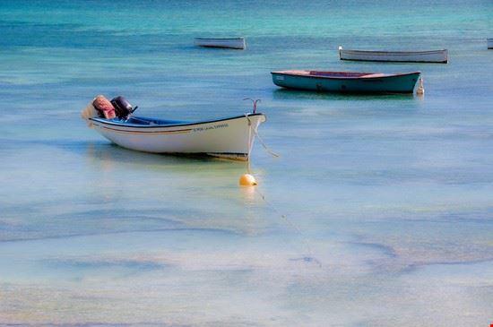 barche a riva rodrigues island