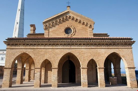 La chiesa di Punta Penna