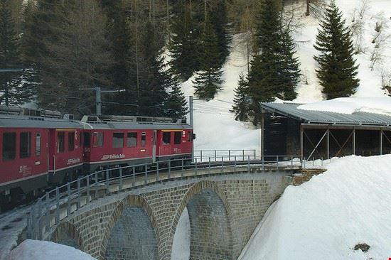 70446 livigno trenino rosso del bernina