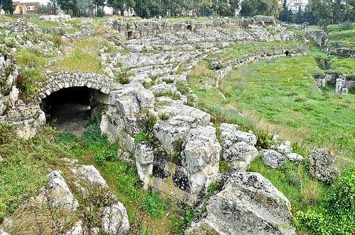 70888 siracusa parco archeologico neapolis