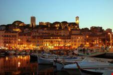Cannes di notte