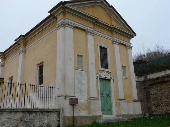 Chiesa di San Sebastiano all'interno del castello