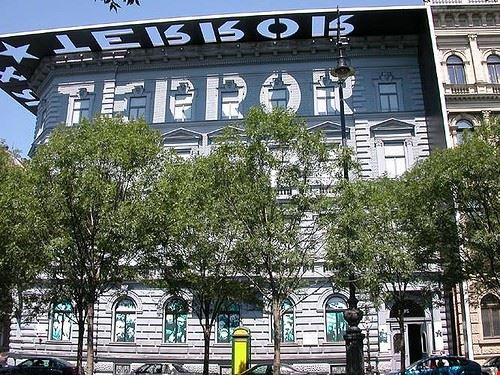 71138 budapest museo casa del terrore