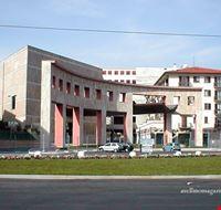 Teatro Gesualdo ( Avellino )