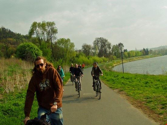 71854 prague bike trips along the river
