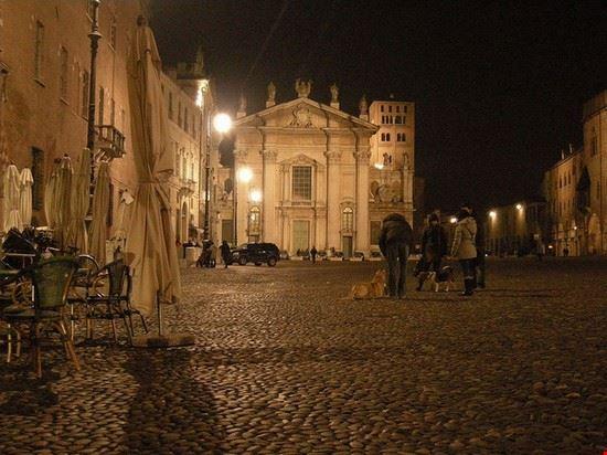 mantua plaetze der altstadt