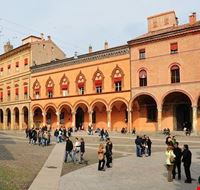 72040_bologna_piazza_sette_chiese