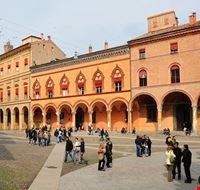 72040_bologna_piazza_sette_chiese