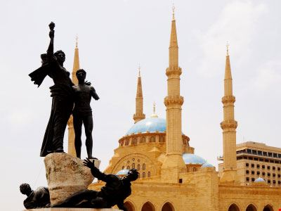 beirut la statua in piazza dei martiri