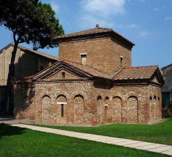 72094 ravenna mausoleo di galla placidia