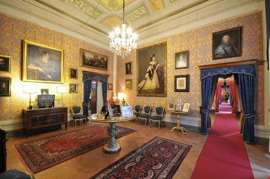 Foto casa museo palazzo viti a volterra 550x365 autore for Casa volterra