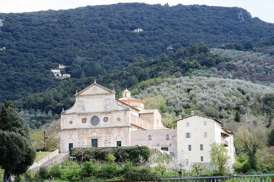 spoleto basilica di san salvatore