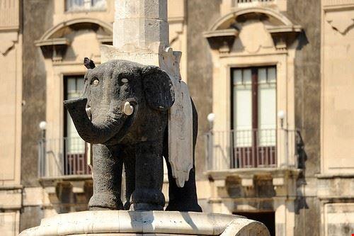 73158 catania fontana dell elefante